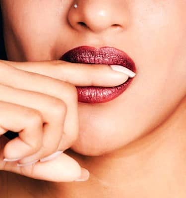 how to get rid of a cold sore fast on your lip