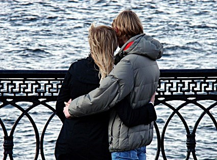 Should I let my partner know that I carry the herpes simplex virus?