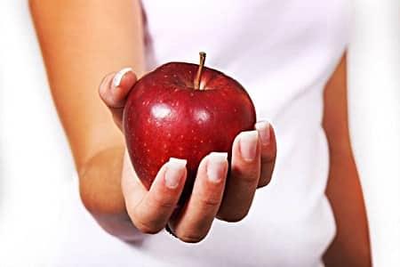 Is apple cider vinegar good for cold sores?